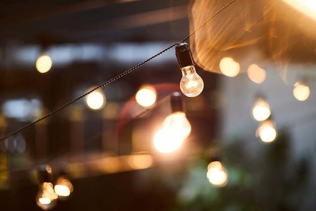 Glühbirnen als element des innenraums