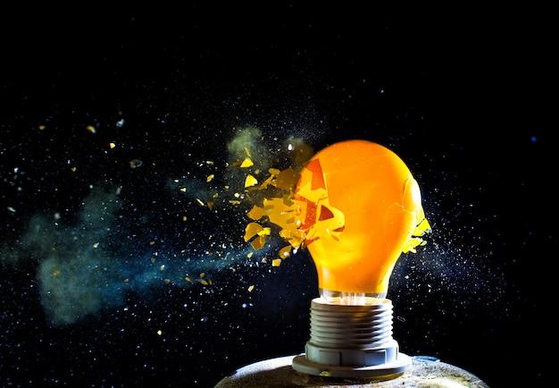 Glühbirnenexplosion