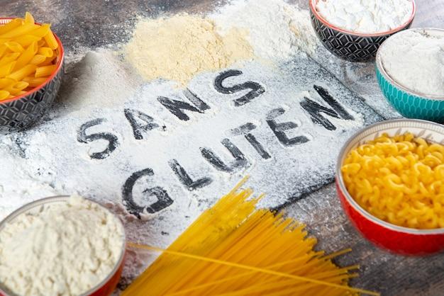 Glutenfreie nudeln und glutenfreies mehl