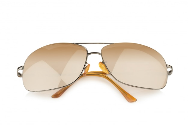 Goldene sonnenbrille lokalisiert auf weißem hintergrund
