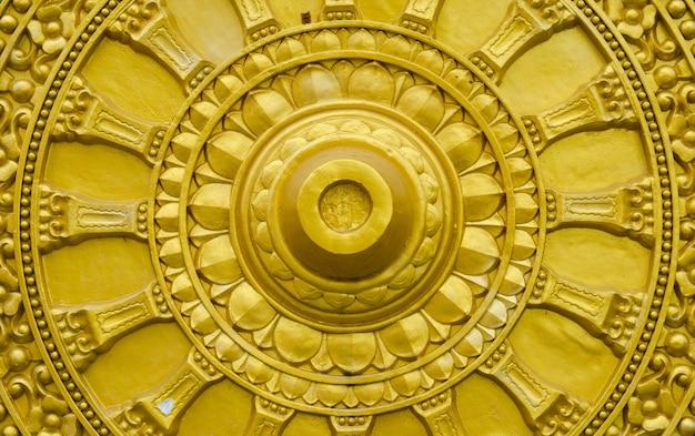 Goldenes rad von dhamma
