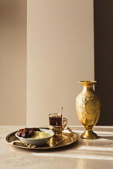 Goldenes ramadan-konzept