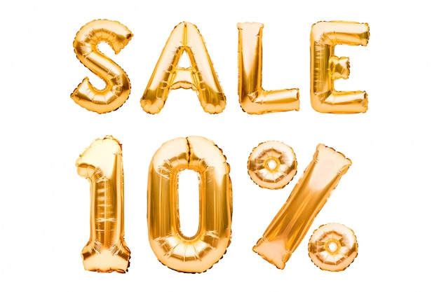 Goldenes zehn prozent verkaufsschild aus aufblasbaren luftballons, isoliert auf weiß. heliumballons, goldfoliennummern.