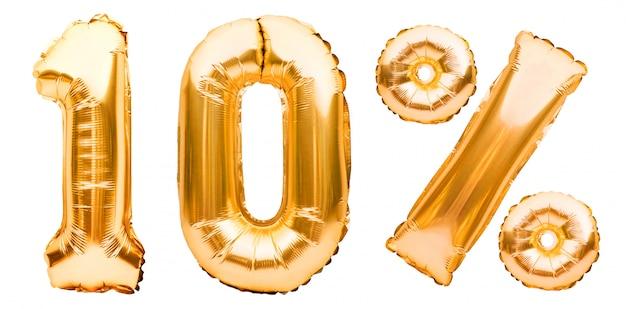 Goldenes zehn-prozent-zeichen aus aufblasbaren luftballons, isoliert auf weiß. heliumballons, goldfoliennummern. verkaufsdekoration, 10 prozent rabatt