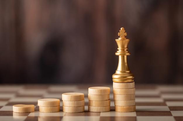 Goldkönig auf dem step-chip an bord