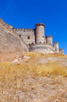 Gotische burg in belmonte