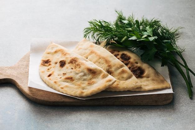 Gozleme traditionelle türkische küche fladenbrot selektiver fokus