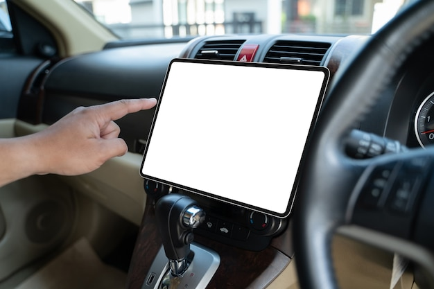 Gps-navigation auf dem bildschirm im intelligenten autotransport zum ziel moderner technologie