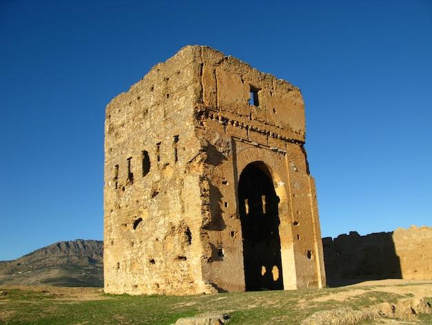 Gräber der mereniden in fes, marokko
