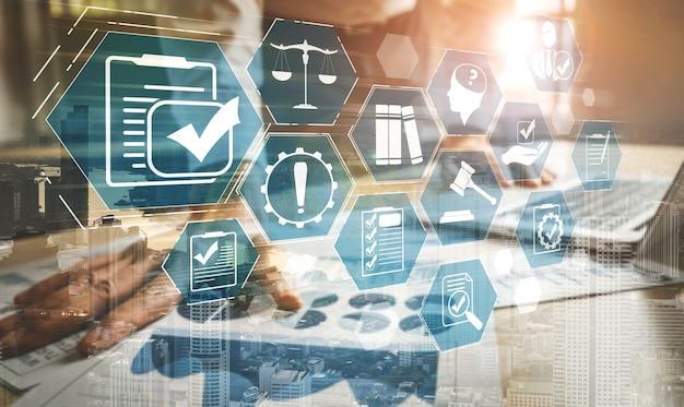 Grafische schnittstelle zu compliance-regeln und -vorschriften für die geschäftsqualitätspolitik
