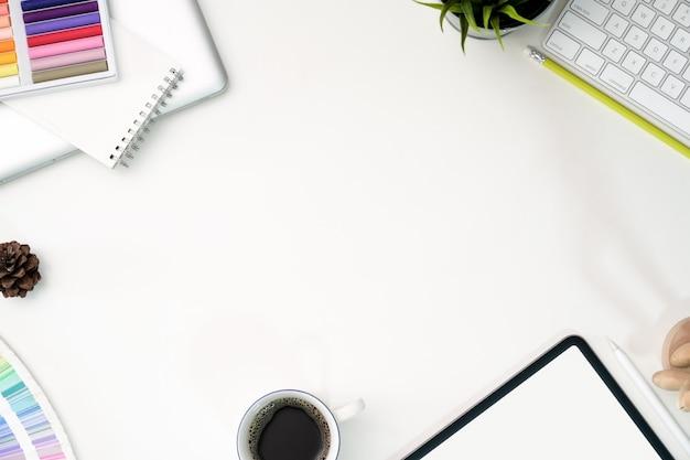 Grafischer web-uux-design-arbeitsbereich
