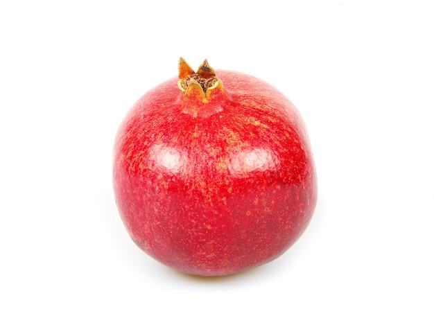 Granatapfel, ganz auf weiß