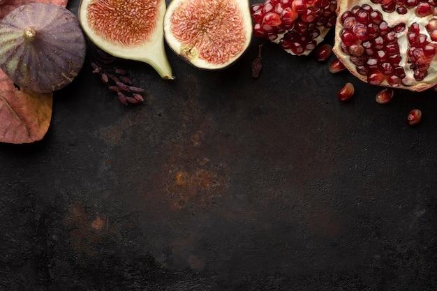 Granatapfel herbst obst kopie raum