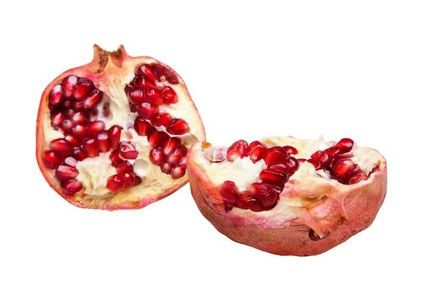 Granatapfelfrucht isoliert auf weiss