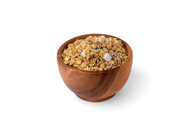 Granola-müsli isoliert auf weißem hintergrund