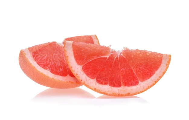 Grapefruit isoliert auf weißem hintergrund
