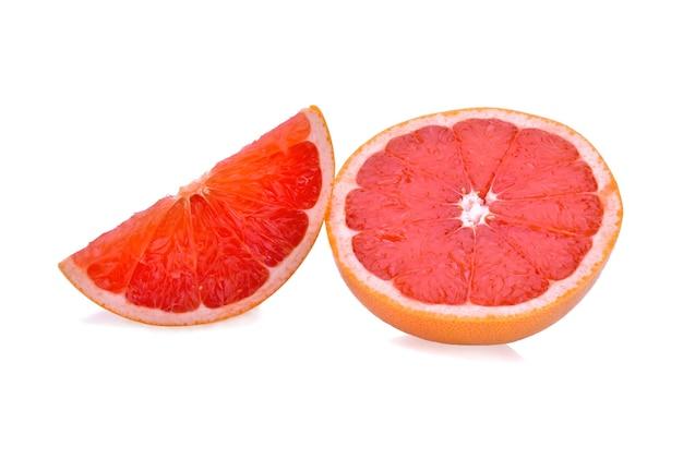 Grapefruit lokalisiert auf weißem hintergrund.