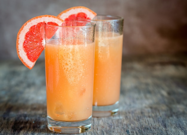 Grapefruit und tequila paloma cocktail