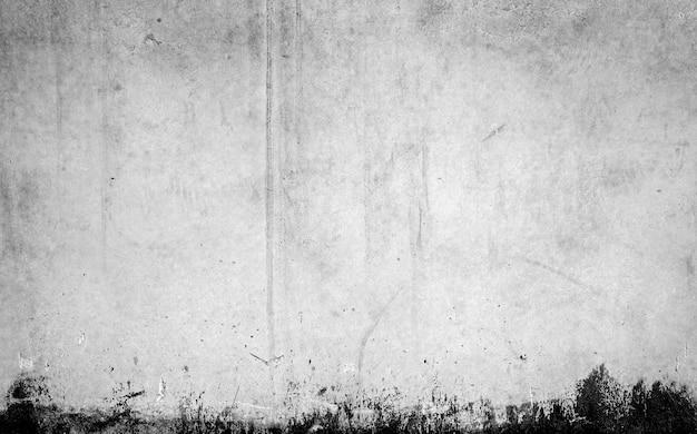 Graue wand mit markierungen auf dem boden