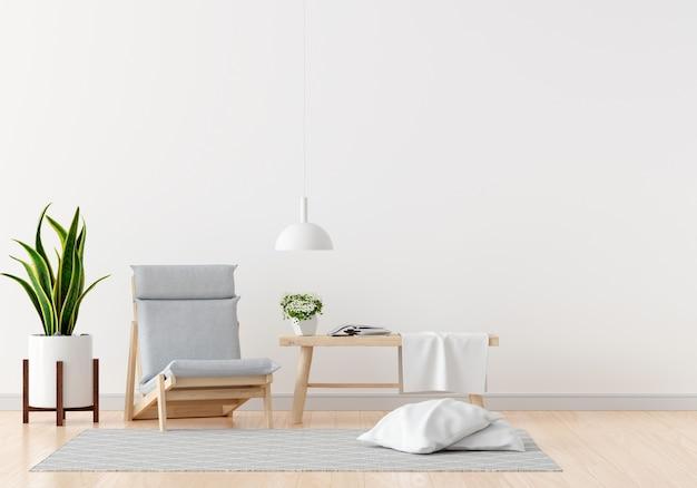 Grauer stuhl im weißen wohnzimmer