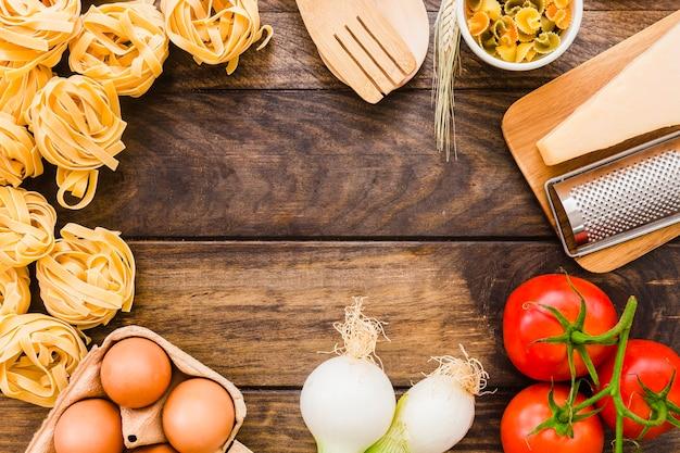 Grenze von reibe und pasta zutaten