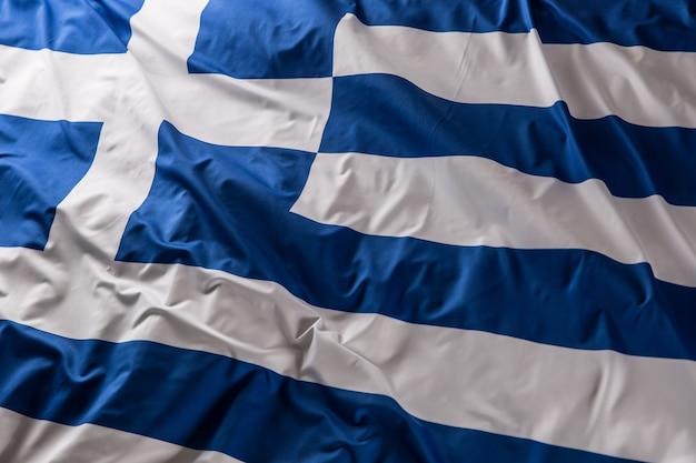 Griechenland fahnenschwingen im wind - ansicht von oben.