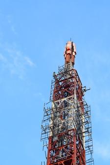 Große antenne im berg.