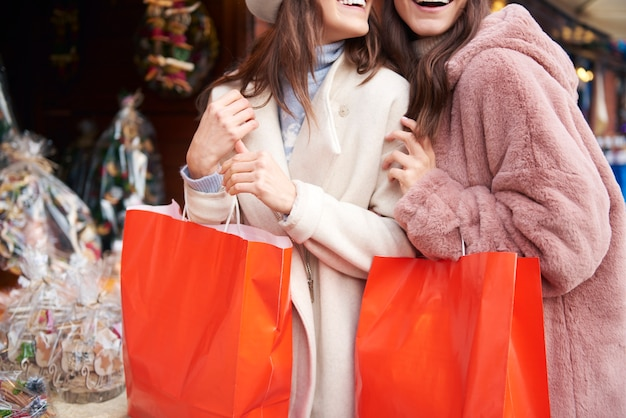 Große einkäufe in der weihnachtszeit