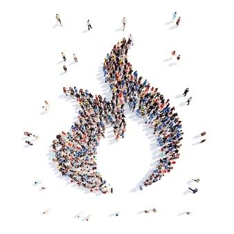 Große gruppe von menschen in form einer feuerflamme. isolierter weißer hintergrund.