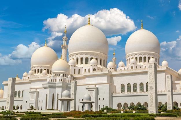 Große moschee von sheikh zayed in abu dhabi