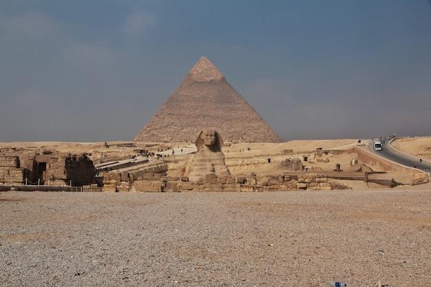 Große pyramiden von altem ägypten in giza, kairo