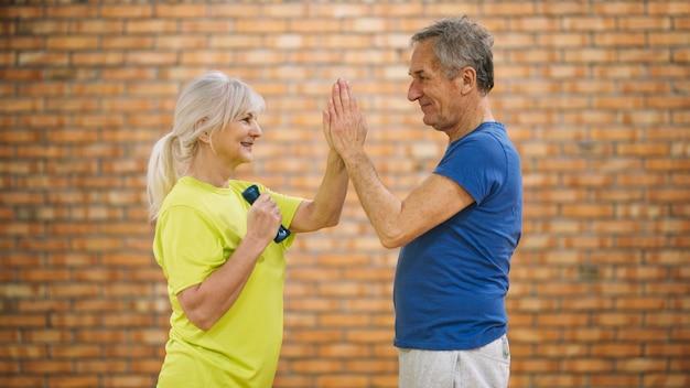 Großeltern trainieren