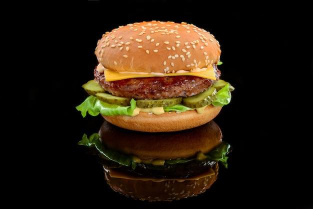 Großer leckerer hamburger