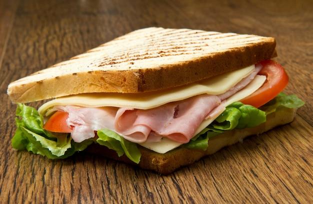 Großes sandwich