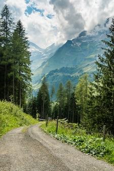 Großglockner bergstraße zur sommerzeit in österreich