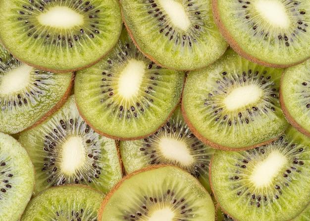 Grün geschnittenes kiwi-bild