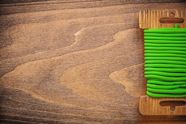 Grüne garten-weichbindedrahtschnur