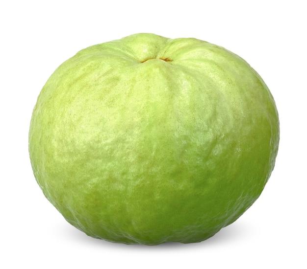Grüne guavenfrucht lokalisiert auf weiß