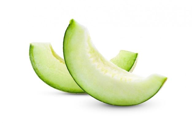 Grüne melone lokalisiert auf weißem hintergrund