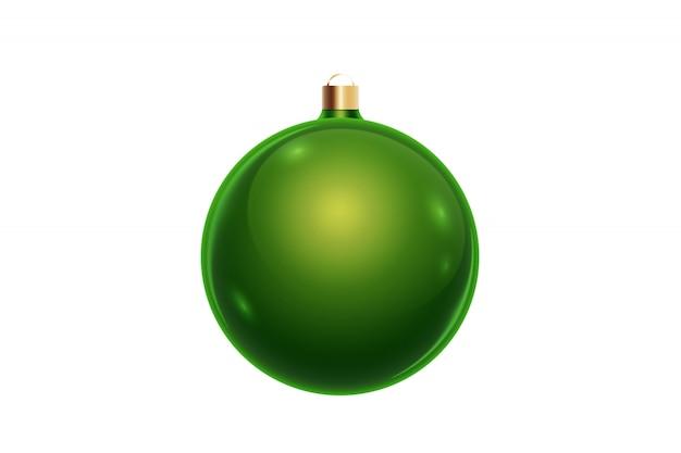 Grüne weihnachtskugel getrennt auf weißem hintergrund. weihnachtsschmuck, ornamente auf dem weihnachtsbaum.