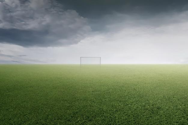 Grüner fußballplatz