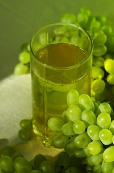 Grüner traubensaft