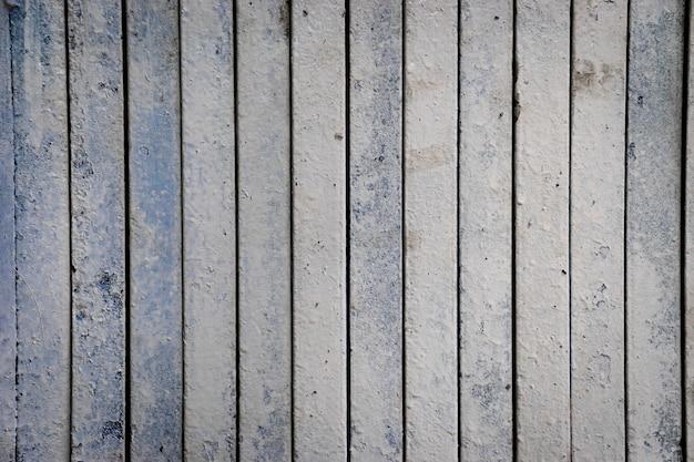 Grungy weinlesemetallklappbare türbeschaffenheit des selektiven fokus für hintergrund