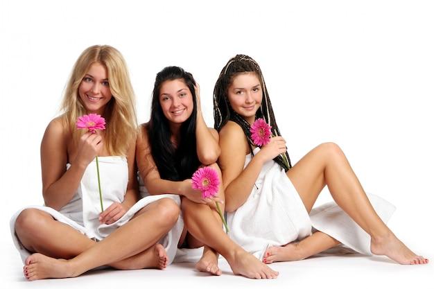 Gruppe der schönen jungen frau