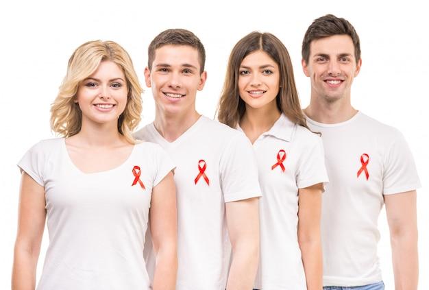 Gruppe von positiven menschen, die aids-hiv-prävention unterstützen.