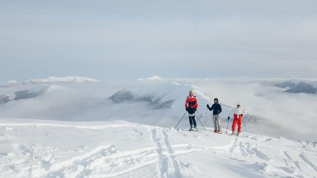 Gruppe von skitouren