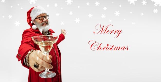 Grußflyer für anzeige. konzept von weihnachten, neujahr, winterstimmung, feiertagen. exemplar, postkarte.