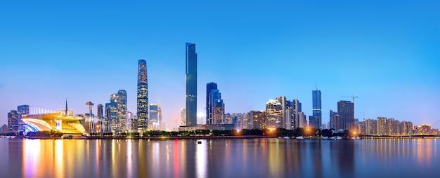 Guangzhou-skyline der stadt
