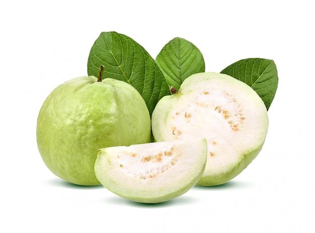 Guavenfrucht isoliert