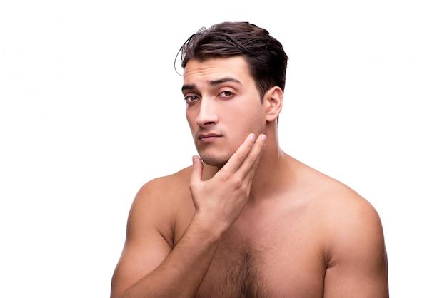 Gut aussehender mann nach der dusche lokalisiert